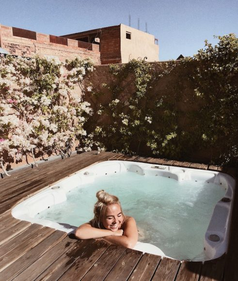 Jacuzzi on the roof-terrace
