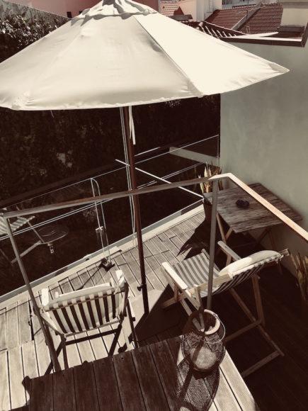 casa-amora-balcony
